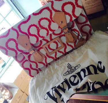 Vivienne Westwoodコラボ14インチ:ホワイト+