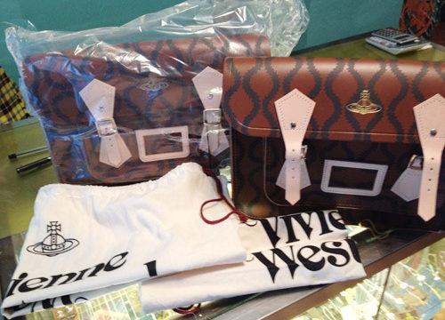 Vivienne Westwood × ケンブリッジサッチェルコラボ Squiggleコレクション14インチ、ブラウン+